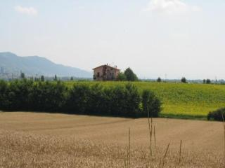 LA PACE B&B - Gubbio vacation rentals