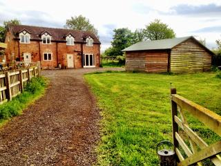 Pinfold Barn detached country cottage - Nantwich vacation rentals