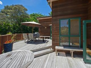 Waiheke Beach and Birdsong - Waiheke Island vacation rentals