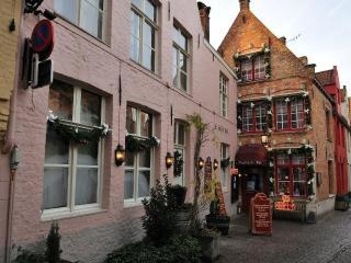 sleeping in bruges - Bruges vacation rentals