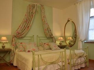 Il Nido di Anna - San Gimignano vacation rentals