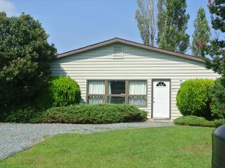 4 bedroom, 2 bath air conditioned home close to pool and tennis courts. - Middlesex Beach vacation rentals