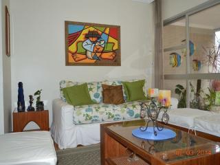 PITANGUEIRAS FRENTE DA PRAIA - Guaruja vacation rentals