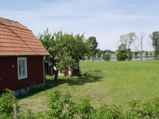 Cosy cottage, Countryside - Linköping vacation rentals