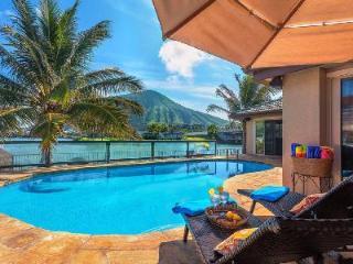 Waterfront family-friendly Villa Nani Wai with pool & jacuzzi and gorgeous views - Hawaii Kai vacation rentals