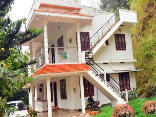sumangaly holiday inn - Munnar vacation rentals