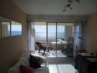 Holiday flat - superb sea view - Sete vacation rentals