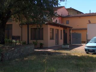 Country house near the city center private parking - Florence vacation rentals