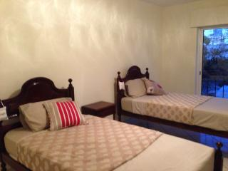 2 bedroom apartment - Loule vacation rentals