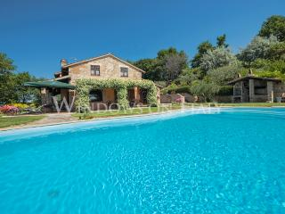 Villa I Grifoni - Windows on Italy - Umbria vacation rentals