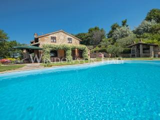 Villa I Grifoni - Windows on Italy - Montefalco vacation rentals