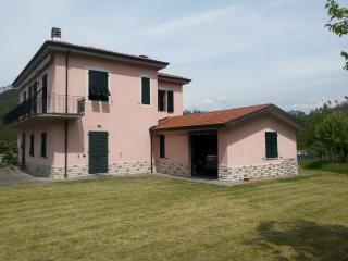 PInkhouse - La Spezia vacation rentals