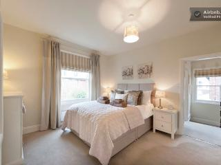 5* Boutique Apartment 5 night minimum stay - Wilmslow vacation rentals