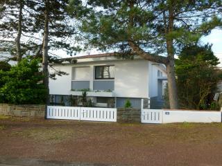 'Eole' Beach House St Jean - Saint-Jean-de-Monts vacation rentals
