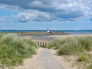 West Wales two bedroom beachside flat - Burry Port vacation rentals