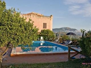Villa Rica - Patti vacation rentals