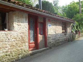 Gite le Marguerite - Saint-Amour vacation rentals