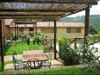 Enchanting Tuscan farmhouse with private garden and terrace - San Gimignano vacation rentals