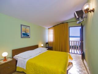 Bed & breakfast Brela - Brela vacation rentals