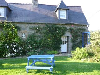 Cosy Coin - Pommerit-le-Vicomte vacation rentals
