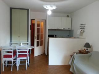 Studio 4pers - Centre ville - Golfe de St Tropez - Saint-Maxime vacation rentals