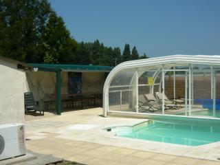 Gîte de l'Armateur 16 pers avec piscine priva - Saint-Malo vacation rentals