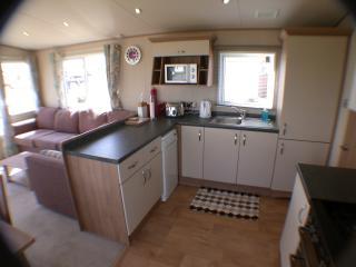 De-Luxe 2 Bedroom 2 Bathroom Holiday Caravan Moray - Lossiemouth vacation rentals