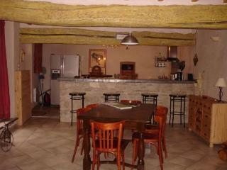 Lolile 1 - L'Isle-sur-la-Sorgue vacation rentals