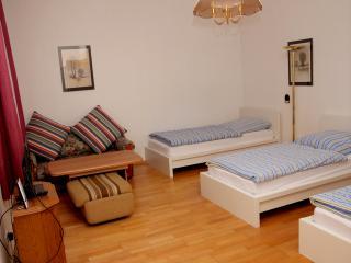 3-Rooms Apartment A5 - Berlin vacation rentals