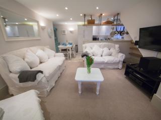 No.2 Larkhall Square - Bath vacation rentals