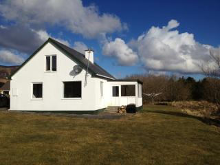 The Cottage at Teelin - Carrick vacation rentals