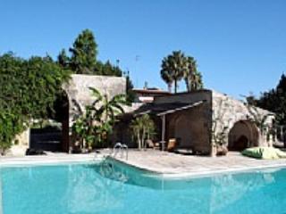Casa Nicole B - Image 1 - Lecce - rentals