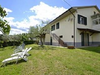 Casa Lucrezia - Cellino Attanasio vacation rentals