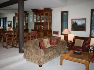 Prospector Condo at Warm Springs Ski Lifts - Ketchum vacation rentals