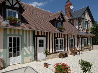 Le Lieu Mesnil - Crevecoeur-en-Auge vacation rentals