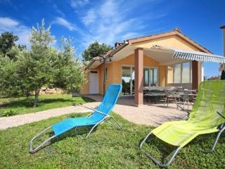 Cozy room in Medulin  S1 - Medulin vacation rentals