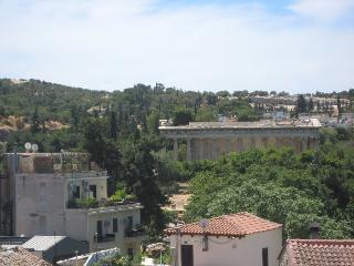 Stay in the historical centre - Athens vacation rentals