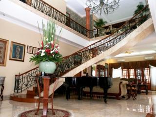 Pesona Guest House Jakarta - Jakarta vacation rentals
