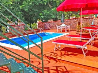 Villa begonia swimming pool - Tramonti vacation rentals