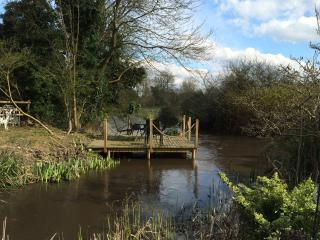 The River Room Rickmansworth Hertfordshire - Rickmansworth vacation rentals