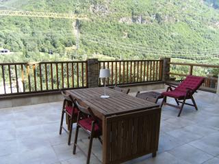 Lagos. Catalonian Pyrenees - Lleida vacation rentals