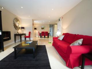 John R's Apartments (Red Door) - Listowel vacation rentals