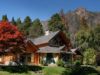 3 BEDROOM/ 2 BATH (MG1) - San Carlos de Bariloche vacation rentals
