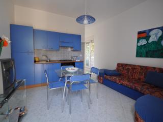 solemarevela - Racale vacation rentals