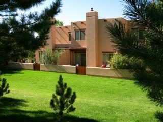 Cosy 2BR Castillo Townhouse by Moab Golf Course - Image 1 - Moab - rentals