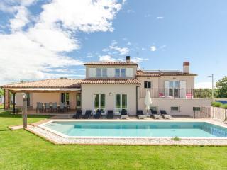 Villa Vela Istra-pool heating - Liznjan vacation rentals