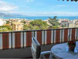 STUDIO amazing view nearMonaco - Roquebrune-Cap-Martin vacation rentals