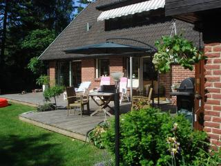 Summer Villa for up to 8, Close to beach. - Malmö vacation rentals