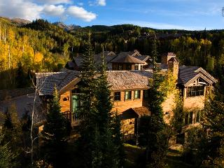 The only thing missing is the crown - Ski in/out, private hot tub, short walk to Mountain Village core - The Palace at Castellin - South Lake Tahoe vacation rentals