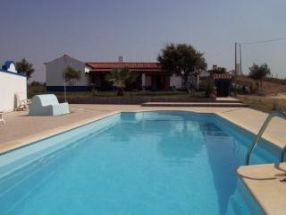 Monte Filomena -- pool - Porto Covo vacation rentals